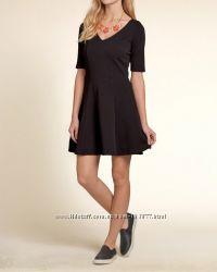 Платье Hollister размер XS