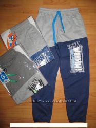 Спортивые штаны для мальчиков.