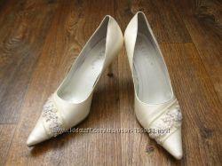 Нарядные туфли Blossem цвета шампань