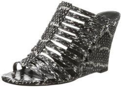 Босоножки танкетка мюли принт змея бренд Calvin Klein оригинал р. 38, 5