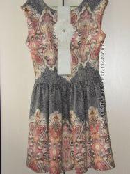 Продам красивое платье пояс в комплекте. Возможен обмен