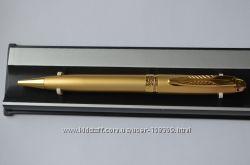 Ручка золотистая
