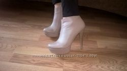 РАСПРОДАЖА 35. 36, 37, 38. 39, 40 В наличии бежевые, кожаные ботинки  женск