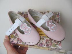 Нарядные туфли туфельки на девочку р. 22-23