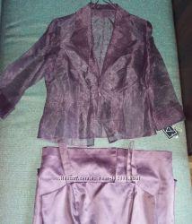 Нарядный новый костюм р. 48-50