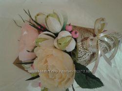 Букет из конфет  Минибукеты Розы и крокусы