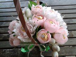 Букет из конфет Пионы и розы