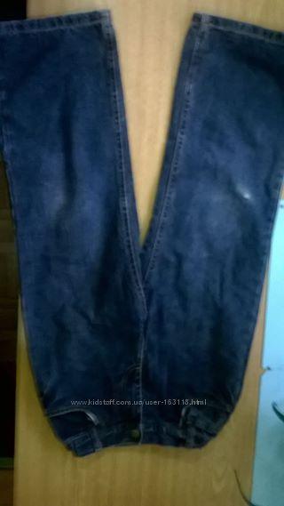 Продам джинсы утепленные хлопковой подкладкой 122 рост