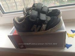Продам кроссовки New Balance р. 28, стелька 18см.