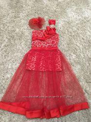Очень красивое платьедля девочки два в одном 6-7лет