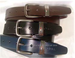Кожаные ремни TOMMY HILFIGER . Синий, черный и коричневый