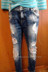 Ультрамодные джинсы бойфренды от A. M. N.