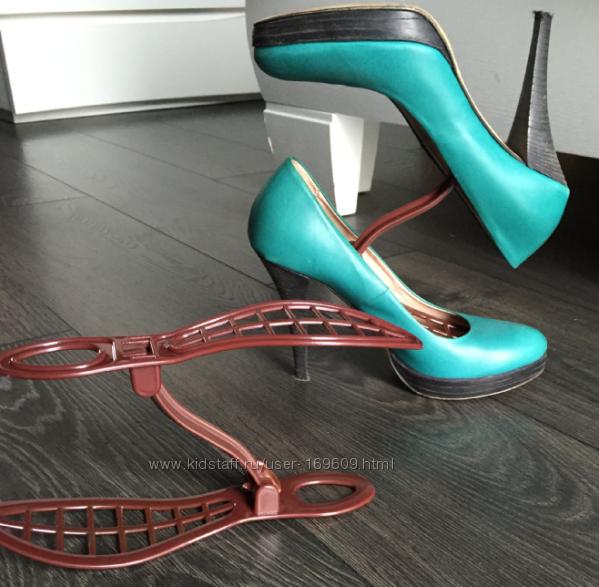 Стойка-органайзер для обуви. До 37-38 размера. Не для тяжелой обуви.