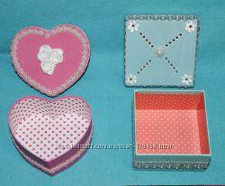 Подарочные коробки в форме сердечек, квадрата