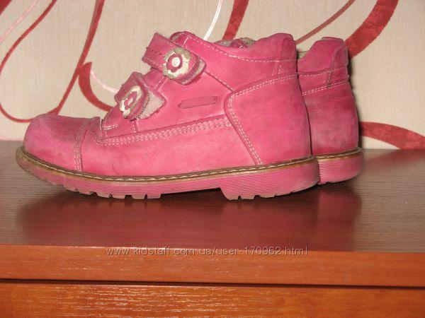 Продам демисезонные ботинки ТМ RED KIDS Ortopedi, 27-й р. 17, 5см. 2 пары