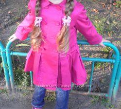 Плащик на девчонку 5-6 лет