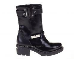 Туфли с шипами на каблуке купить