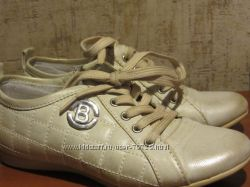 туфли демисезонные 30р. в идеальном состоянии