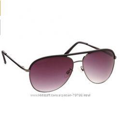 Солнечные очки Vince Camuto