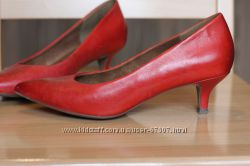 Удобные кожаные туфельки Tamaris