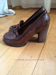 Кожаные туфли Benetton
