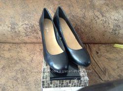 Классические туфли CARLTON LONDON 38 размер