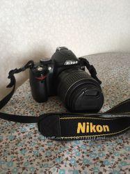 Nikon D3000 в комплекте с объективом 18-55VR Kit
