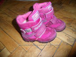 Зимние брендовые ботинки для девочки MINIMEN