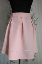 Новая пудровая , нежно розовая юбка в складку, разные размеры.