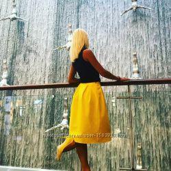 Новая жёлтая юбочка в складки, разные размеры и цвета.