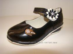 Туфли на девочку Шалунишка чёрные лаковые с кожаной стелькой и супинатором.