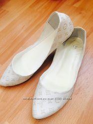 Продам балетки Louis Vuitton