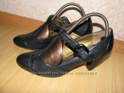 Clarks туфли 40 р по ст 26 см каблук 7 см кожа обуты 2 раза