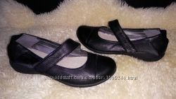 Clarks туфли мокасіни 36 р по ст 23 см стелька неродная взуті 2 рази