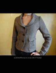 Женский шерстяной пиджак фирмы LIFE LINE.