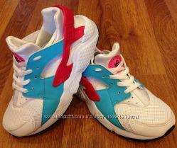 Кроссовки Nike Huarache trainers Оригинал. Размер 32-33