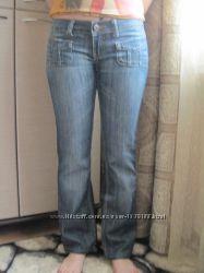 Женские джинсы  р. 27