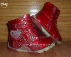Стильные лаковые ботиночки для маленькой модницы 21 размер