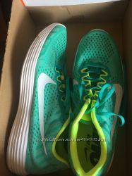 Кроссовки Nike Lunaracer 4