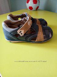 Кожаные сандалии для мальчика Outventure