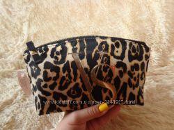 Леопардовая косметичка Victorias Secret