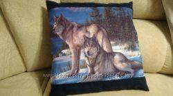 Подушка декоративная Волки