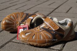 Кожанные кроссовки на мальчика 33, 32р новые супер