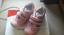 Кроссовочки для малышки