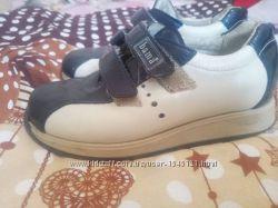 Кожаные качественные туфли модные