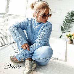 Вязаный женский костюм брюки и свитер