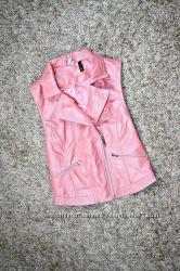 желетка Adidas Neo Selena Gomez