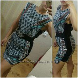 Платье прямое с красивым рисунком и дизайном s-sm, warehouse