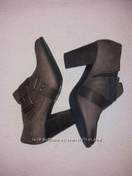 Удобные, качественные, кожаные ботинки, туфли, clarks