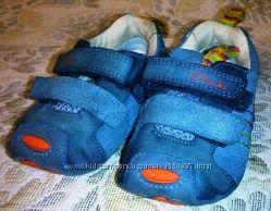 Пинетки кроссовки мальчику 3, 5 размер